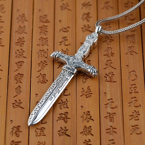 collier homme epee